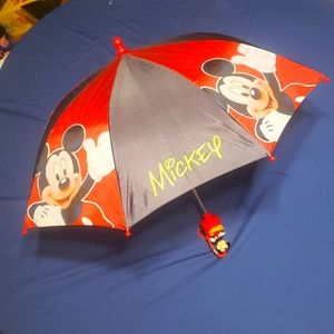 Adorable be Toddler Sized Mickey Mouse Umbrella ☔